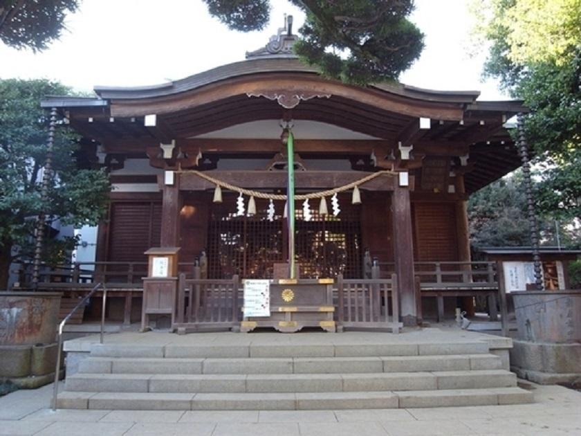千駄ヶ谷鳩森八幡神社社殿