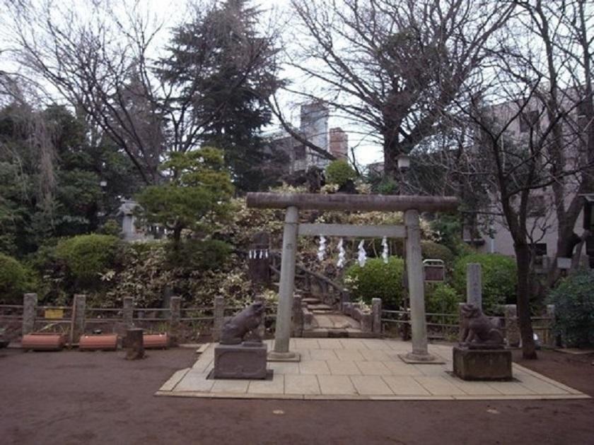 鳩森八幡神社富士塚