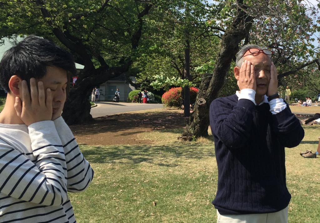 福田ゴンベイマインドフルネス気功体験新宿御苑立禅瞑想